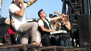 Warped Tour: Abandon All Ships - Intro / Bro My God