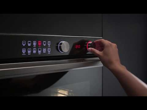 Fisher & Paykel Single Oven Electric OB60SC7CEX1 - Stainless Steel / Black Glass Video 2
