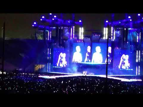 My my my - Taylor Swift and Troye Sivan @ Rose Bowl 5.19.18