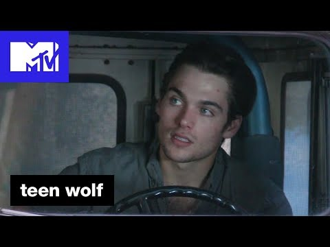 Dylan Sprayberry 'The Roscoe Confessionals' | Teen Wolf (Season 6B) | MTV