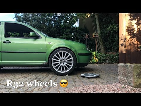 I stole Casy's R32 wheels for the Golf