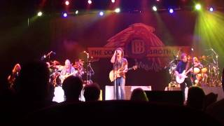 Doobie Brothers - World Gone Crazy - 5-1-10