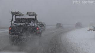 Heavy early season snow in Cedar Rapids, IA!
