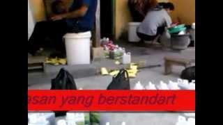 preview picture of video 'Pupuk dan pestisida Organik. Produksi : Gubuk Organik Klaten'