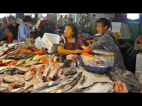 Video AMAZING Fish Market in Taiwan   Seafood Tour in Taiwan (Disappearing Island)