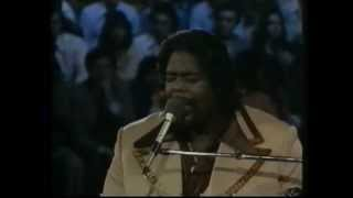 Barry White & Love Unlimited live in Mexico City 1976 - Part 8 - I'm Gonna Love You Just a Little...