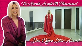Vice Ganda accepts 7th Phenomenal Box Office Star Award from Guillermo Box Office Awards