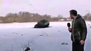 Автомобиль ушел под воду во время прямого эфира