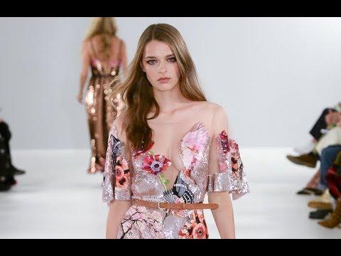 TEMPERLEY LONDON Spring Summer 2019 London - Fashion Channel