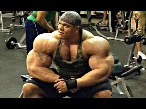 Comme balancer les muscles près du cou