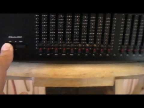 Yamaha Natural Sound Graphic Stereo Equalizer EQ-70