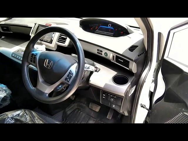 Honda Freed + Hybrid B 2015 for Sale in Karachi