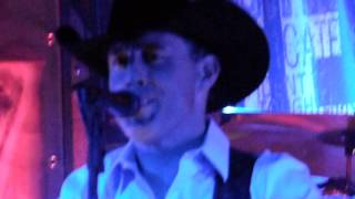 "Aaron Watson ""Fence Post"" Kansas City 4/2/15"