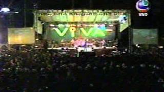 preview picture of video 'FESTIVAL DE MUSICA 2008 EN SANTA CRUZ - BOLIVIA - Azul Azul - Loco.mpg'
