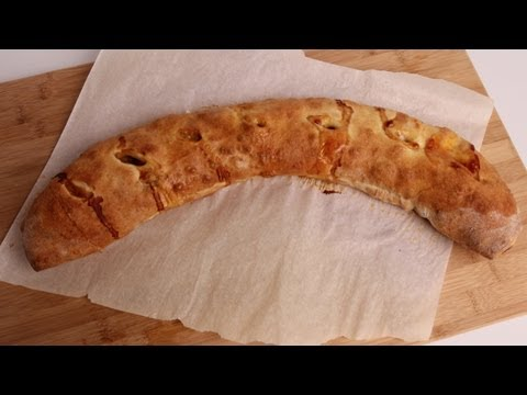 Homemade Stromboli with Sausage and Peppers Recipe – Laura Vitale – Laura in the Kitchen Episode 344