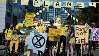 video: Extinction Rebellion cause nationwide chaos - but claim they aren't anarchists