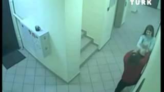 Kadınların kavgası güvenlik kamerasında!