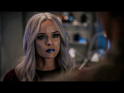 The flash 6x01 - killer frost and Caitlin
