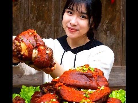 #大胃王#吃貨 農村大胃王吃五十斤豬肘,有挑戰的嗎? Rural appetite King