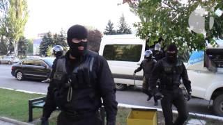 VIDEO | Momentul când Vlad Filat părăsește Parlamentul și este dus la CNA