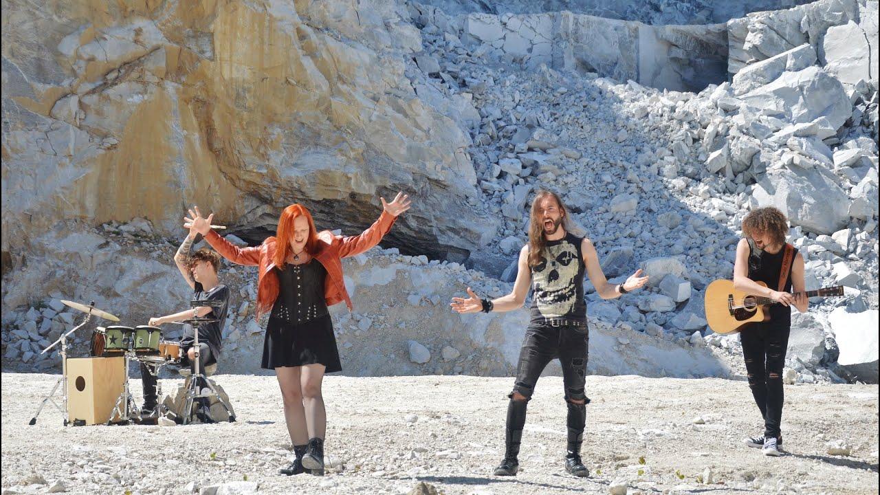Metallica - Creeping Death (Acoustic Cover)