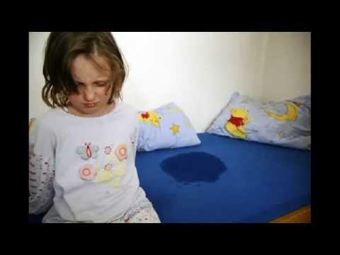 A lair atopitchesky la dermatite des enfants de la photo