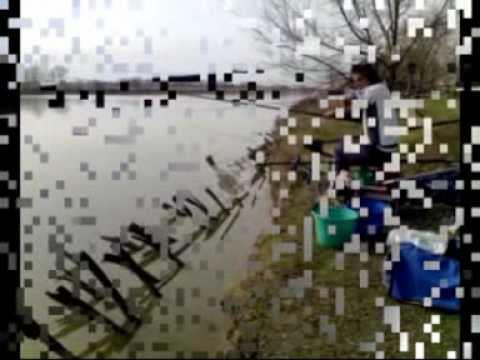 La pesca in una scatola per fishings invernali
