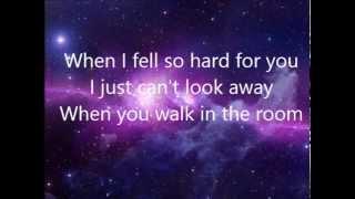 Austin Mahone Can't fight this love lyrics video