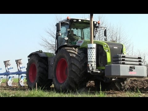 XERION 5000 - SOUND + Lemken Vari-Opal 9 - Italian Ploughing 2014