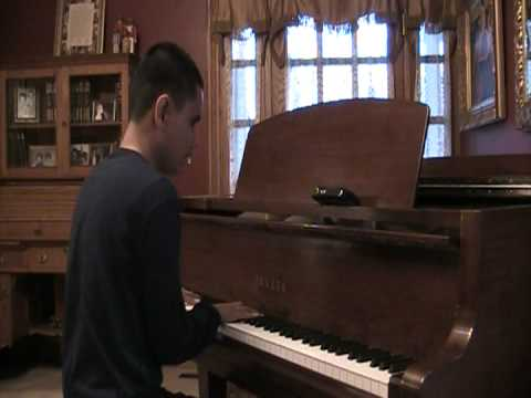 15 year old born blind listens to a dubstep song for the first time then immediately plays it on the piano