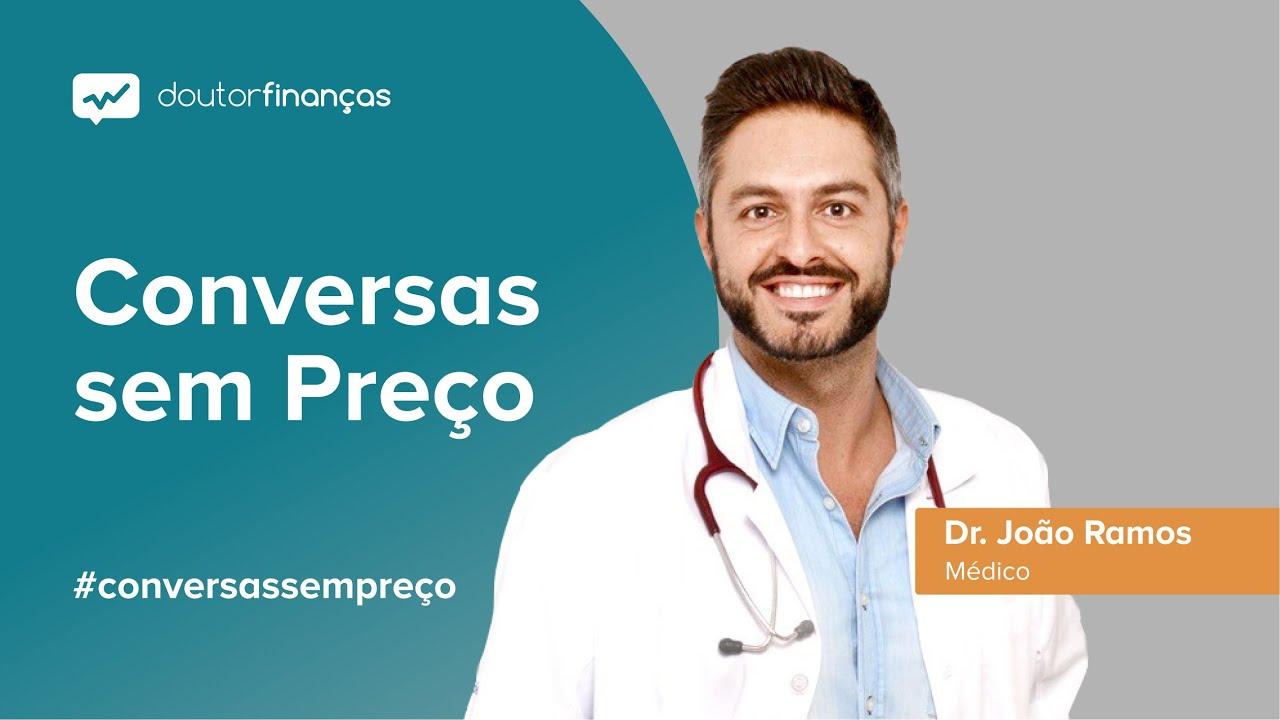 Imagem de um computador onde se vê o programa Conversas sem Preço com a entrevista ao Dr. João Ramos