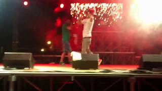preview picture of video 'Emis Killa LIVE CHIUDUNO 26-06-2012 Di Enne A'