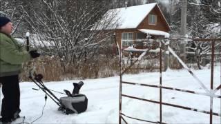 Снегоуборщик электрический Hyundai S400 видео