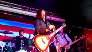 Intro to Lets Take a Drive - Christian Kane   03-26-11   Dukes in Portland, OR   06 of 22