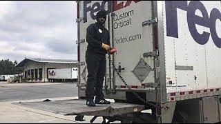 Freightliner Cascadia Straight Truck Liftgate Tutorial FedEx Custom Critical E24