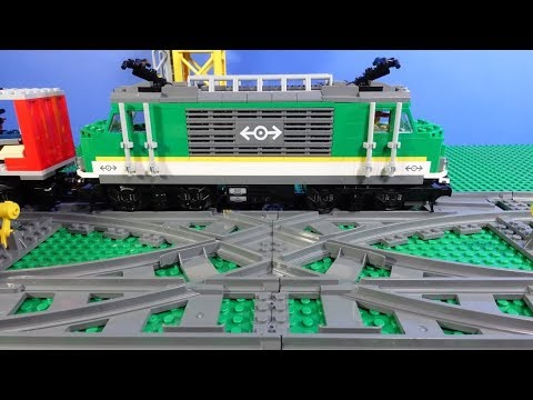 Vidéo LEGO City 7996 : Le croisement des rails