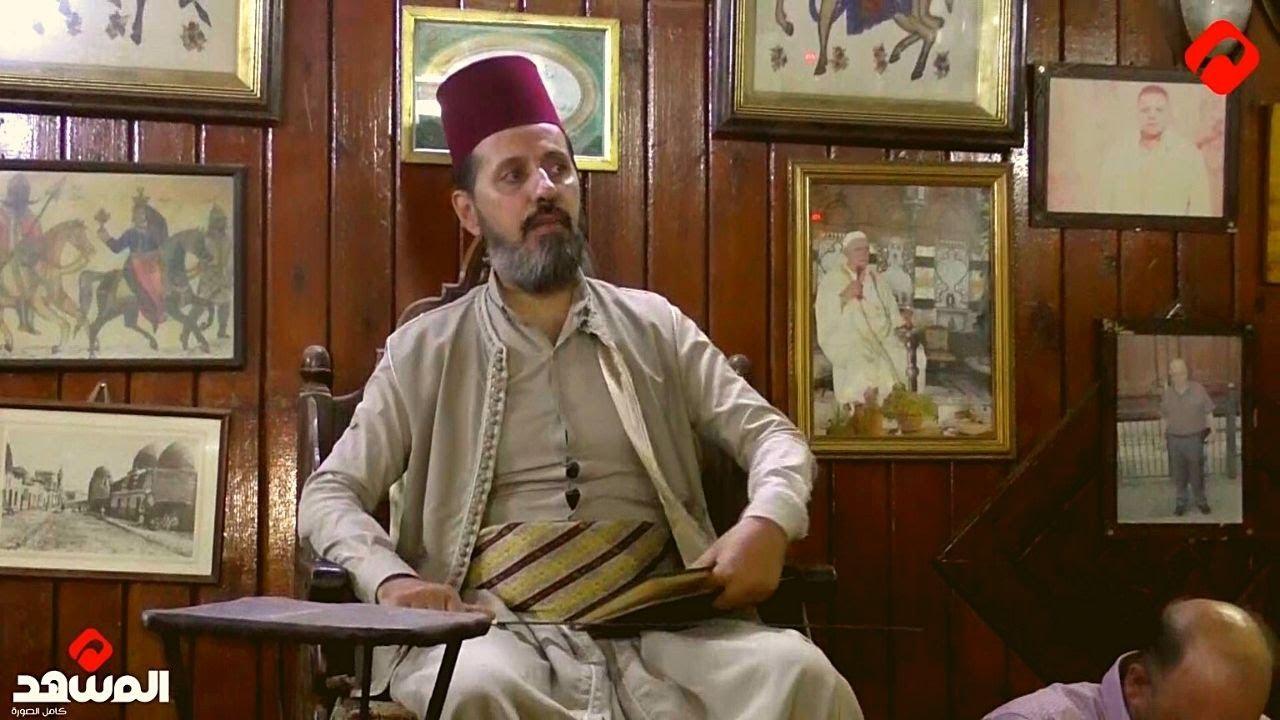 الحكواتي.. شخصية تراثية دمشقية قديمة لا زالت تضج بالحياة في مقهى النوفرة