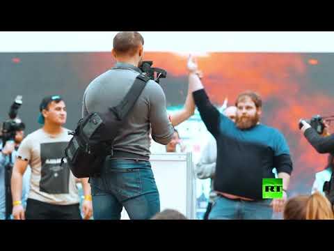 العرب اليوم - شاهد: روسيون يتنافسون على جائزة بطولة