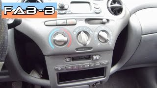 Remplacer l'autoradio d'origine sur Toyota Yaris 1