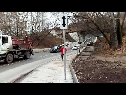 Москва 1260 Нагорный проезд, от станции Верхние Котлы до офиса РЕСО-Гарантия осень день