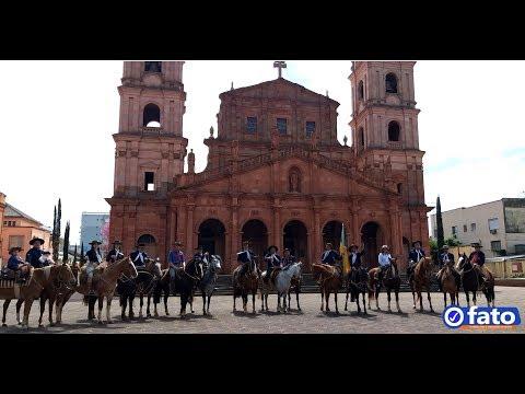 Piquete Madrugada do Rio Grande Desfile 20 d...