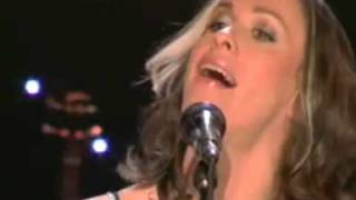 ALANIS MORISSETTE - YOU OUGHTA KNOW (acoustic)