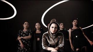DIAN ANIC R&B - TAK SANGGUP (KARTEM). VIDEO CLIP ORIGINAL