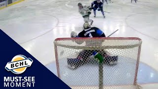 Must-See Moment: Noah Leibl steals the puck and scores on a shorthanded breakaway