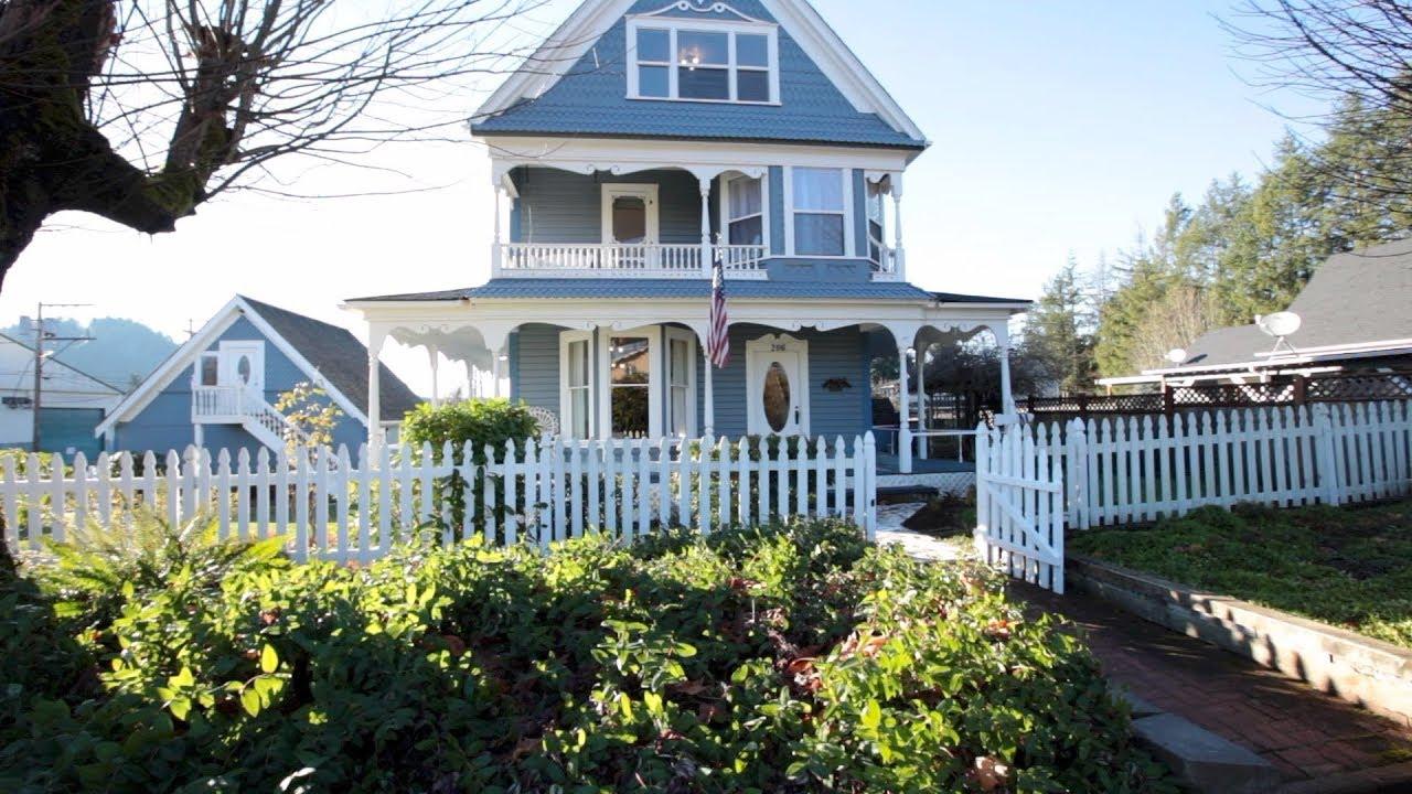 Historic Victorian Home in South Prairie, WA