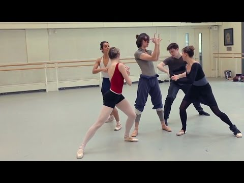 Watch: Aakash Odedra rehearses his new piece with Royal Ballet dancers for Deloitte Ignite 2014