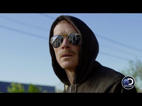 Video trailer för Get A Sneak Peek of Discovery's MANHUNT: UNABOMBER