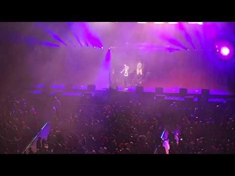 Ashanti -  Foolish (Live) (HD)