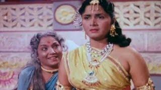 Manthra tells Kaikai Bharat should be the King - Sampoorna Ramayan Scene