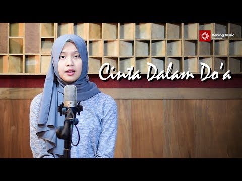 , title : 'Cinta Dalam Do'a - Souqy Akustik Cover By Leviana [Lirik]'